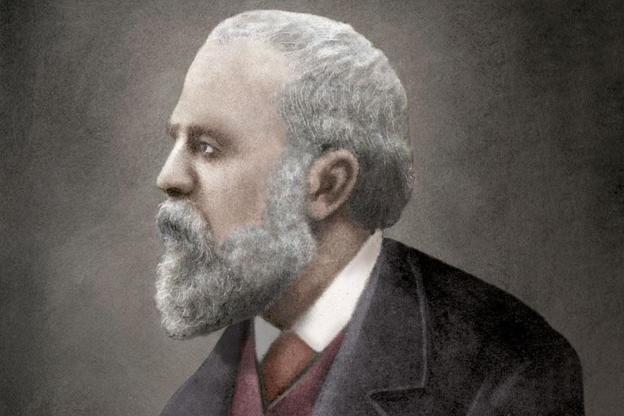 Antoni Gaudi Portrait Dosde Publishing