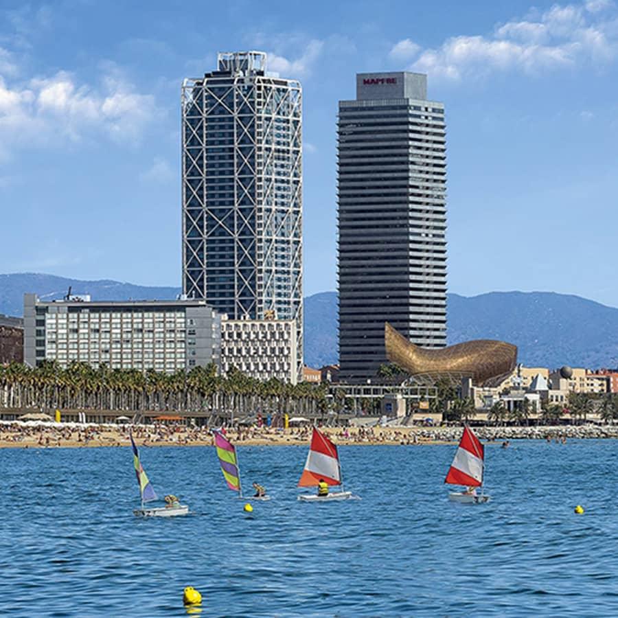 Edificios de la zona olímpica de Barcelona