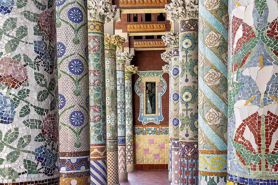 Columnas con mosaicos del Palau de la Música de Barcelona