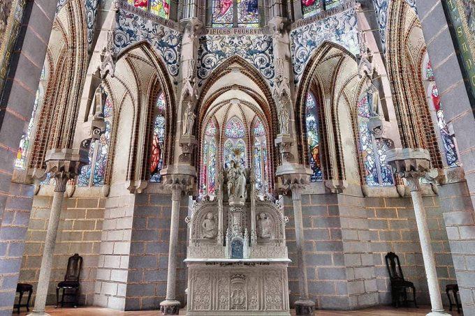 Chapel of the Episcopal Palace of Astorga Antoni Gaudí