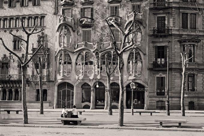 Façade of the Casa Batlló by Antoni Gaudí, Barcelona