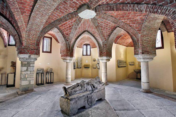 Semisótano del Palacio Episcopal de Astorga