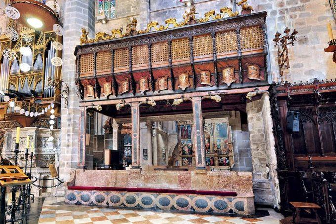 Tribunas de los cantores, en la Catedral de Mallorca