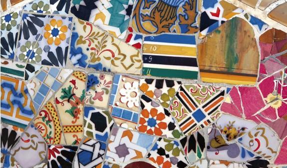 Antoni Gaudi Mosaico Dosde Publishing