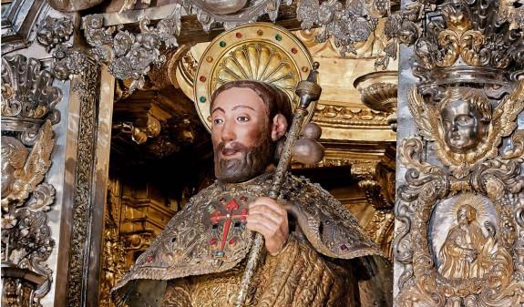 Busto Escultura Santiago Apostol Catedral De Santiago Compostela Dosde Publishing