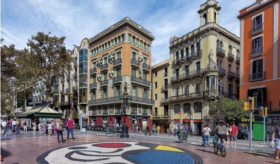 Casa Bruno Las Ramblas Barcelona Dosde Publishing