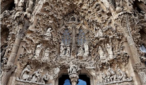 Esculturas Fachada Sagrada Familia Dosde Publishing