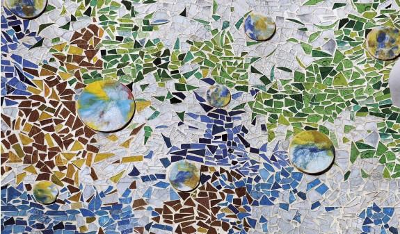 Mosaico Azulejos Casa Batllo Gaudi Barcelona Dosde Publishing