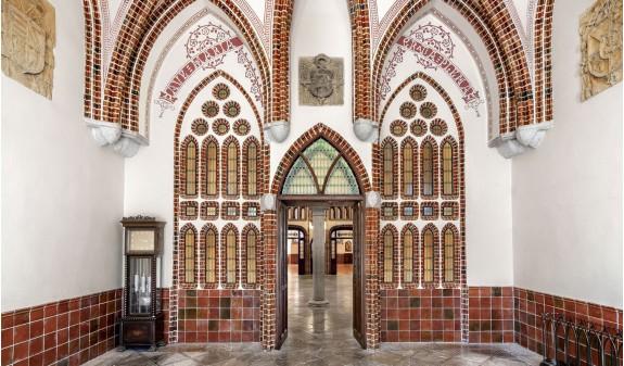 Palazzo Di Gaudi Astorga Italiano Dosde