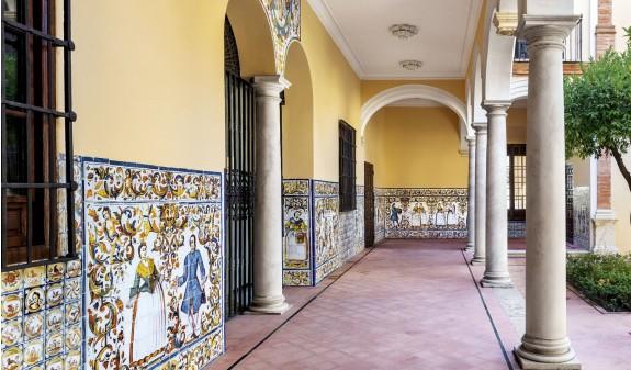 Palacio Episcopal Malaga Dosde Publishing Libro Azulejos Andaluces