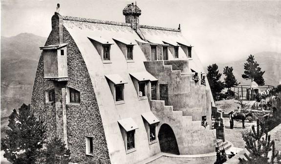 Chalet De Catllaras Obra Vivienda Antoni Gaudi Fotografia Historica Dosde Publishing