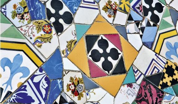 Palacio Guell Mosaico Dosde Publishing